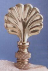 Mini Shell Lamp Finial in Polished Brass