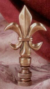 Fleur de lis Lamp Finial in Antique Brass