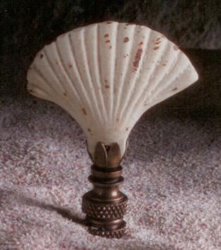 Scallop Shell Lamp Finial in Antique White Iron