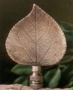 Aspen Leaf Lamp Finial in Antique Metal
